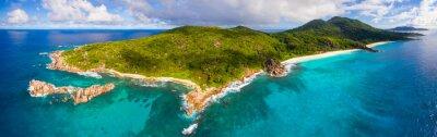 Fototapeta Panorama: Luftaufnahme von La Digue, Seychellen i Seiner Grand Anse
