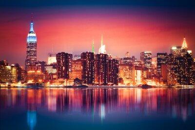 Fototapeta Panoramę Nowego Jorku Manhattan w żywych kolorach nocnych
