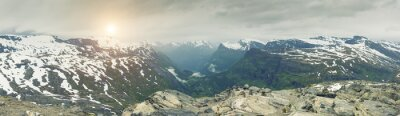 Fototapeta Panoramiczny widok na krajobraz górski Norwegia