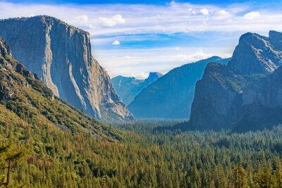 Fototapeta Park Narodowy Yosemite tunelu widok na dolinę.