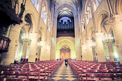 Fototapeta Paryż, Francja, 06 lutego 2016: Wnętrze Notre Dame de Paris, jeden z Ekološko Paryżu
