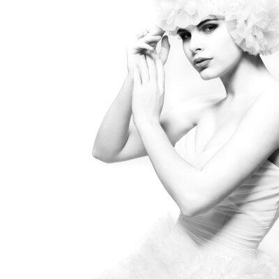 Fototapeta Piękna dziewczyna seksualne jest w strój weselny, ślub decoratio