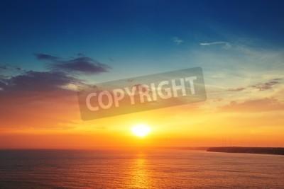 Fototapeta Piękne Chmura nad morze, zachód słońca strzał