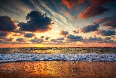 Fototapeta Piękne Chmura nad morzem