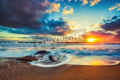 Fototapeta Piękne Chmura nad morzem, sunrise strzale