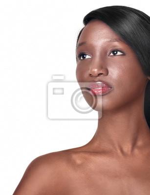 Młoda czarna piękność