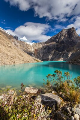 Fototapeta Piękne krajobrazy górskie w Andach, Peru, Cordiliera Blanca