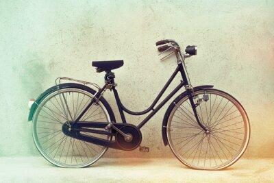 Fototapeta Piękne Stare retro zardzewiały rower z niesamowite kolory na efekt