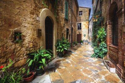 Fototapeta Piękne zakamarkach średniowiecznej włoskiej miejscowości w