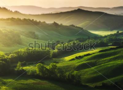 Fototapeta Pięknie oświetlony krajobraz Toskanii
