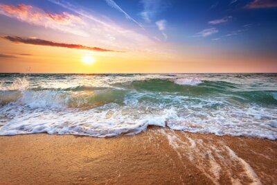 Fototapeta Piękny zachód słońca nad oceanem.
