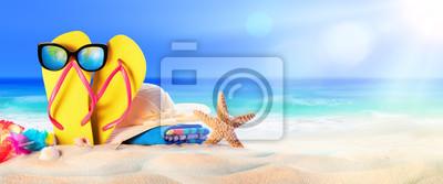 Fototapeta Plaża akcesoria na seashore - Wypoczynek letni