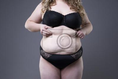 4907518f1dfd1c Fototapeta Plus size model w czarnej bielizny, nadwagę kobiecym organizmie,  gruba kobieta z rozstępami