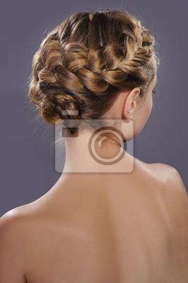 Fototapeta Powrót Widok Pięknej Modnej Fryzury Warkocze Greckim