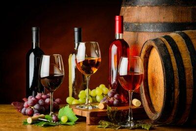 Fototapeta rodzaju wina w butelkach i kieliszki
