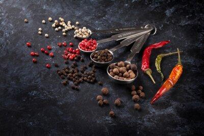 Fototapeta Różne pieprzu i chili