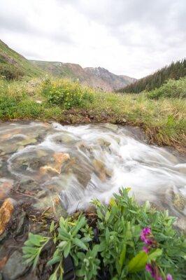 Fototapeta rzeki i góry