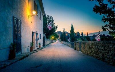 Fototapeta San Quirico d'Orcia w nocy, Toskania