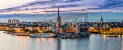 Fototapeta Scenic letnia noc panorama Starego Miasta (Gamla Stan) architektury w Sztokholmie, Szwecja