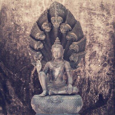 Fototapeta Siedząc posągu Buddy