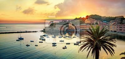 Fototapeta Silence bay and seaside of small resort town Sestri Levante at sunset. Genova Province, Liguria, Italy