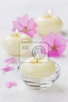 Skład spa z kwiatów i świec