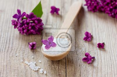 Skład Spa z wanną soli morskiej i kwiatów bzu