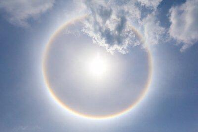 Fototapeta Słońce tęczy okrągły halo falochron.