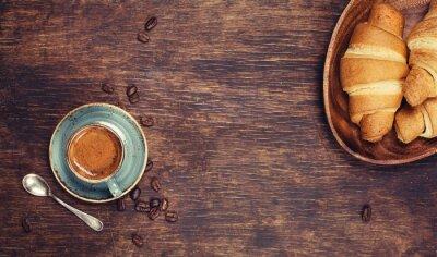 Fototapeta Śniadanie z kawą i rogalikami
