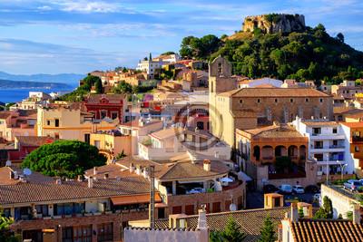 Fototapeta Średniowieczny zamek w mieście Begur, Katalonia, Hiszpania