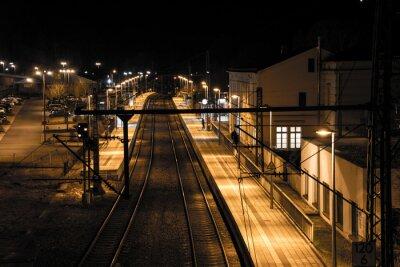 Fototapeta Stacja w nocy