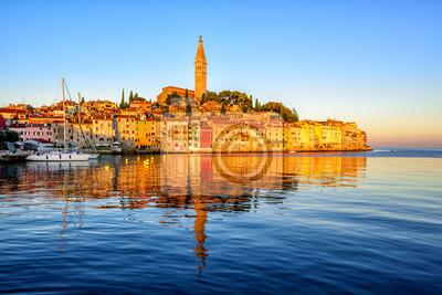 Fototapeta Stare miasto Rovinj, Chorwacja, na wschodzie