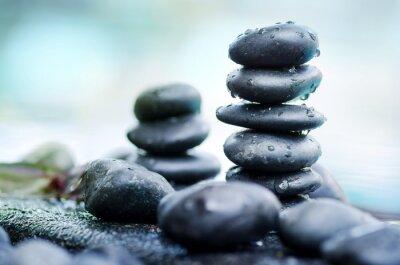 Fototapeta Sterty kamieni spa z kropli wody nadal stylu życia