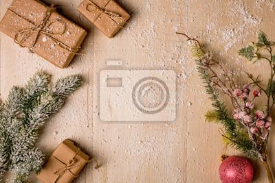 Fototapeta świąteczne Dekoracje W Tle Ręcznie Robione Prezenty Sosny I