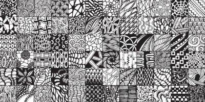 Fototapeta tekstury z czarno-białych kwadratów malowane w stylu zentangl