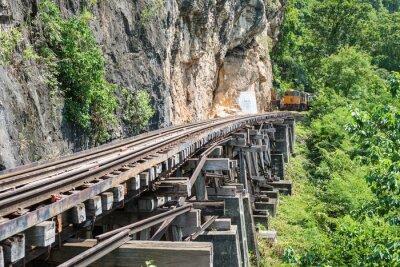 Fototapeta Thai Pociąg na rzece Kwai Bridge Kanchanaburi, Tajlandia