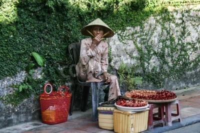 Fototapeta the handicraft seller in hoi an ancient town,vietnam