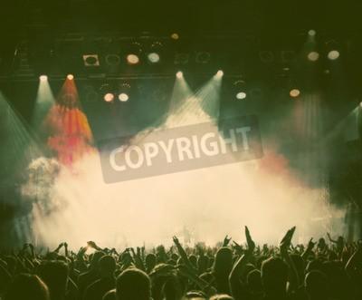 Fototapeta Tłum na koncercie - stylu retro zdjęcia