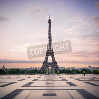 Fototapeta Trocadero oraz Wieża Eiffla w Paryżu, we Francji słońce