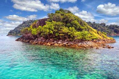 Fototapeta Tropikalna wyspa w Tajlandii.