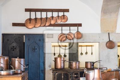 Typowa Kuchnia Portugalska Wyposazona W Miedziane Naczynia Kuchenne