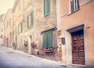 Fototapeta Urzekające ulica starego Montepulciano