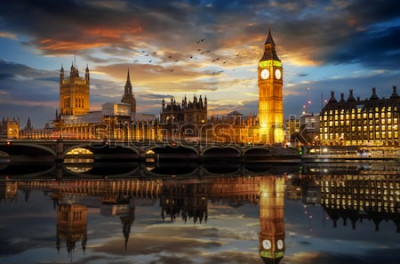 Fototapeta Westminster Palace i Big Ben Clocktower nad Tamizą w Londynie, Wielka Brytania, tuż po zachodzie słońca