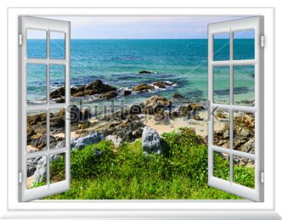 Fototapeta widok na morze z okna na wyspie słoneczny letni dzień