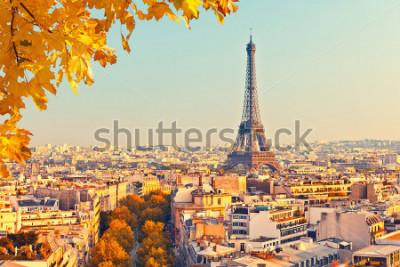 Fototapeta Widok na wieży Eiffla o zachodzie słońca, Paryż, Francja