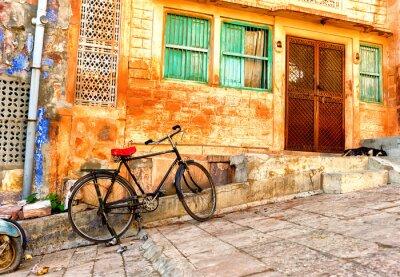 Fototapeta Widok ulicy starych dzielnic w mieście Jodhpur w Indiach