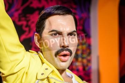 Fototapeta WIEDEŃ, AUSTRIA - 08 sierpnia 2015 r Freddie Mercury Figurka Na Madame Tussauds Wax Museum.