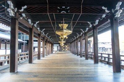 Fototapeta Wnętrze drewnianego Shinto Nishi Hongan-ji w Kioto - Honsiu - Japonia - Azja