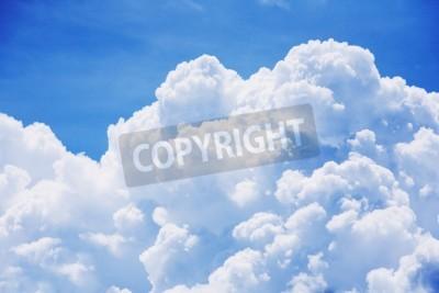 Fototapeta Wysoki szczegółów chmury na niebieskim tle nieba