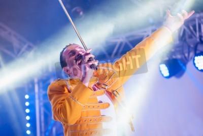 Fototapeta Yateley, UK - June 30, 2012: Professional Freddie Mercury tribute artist Steve Littlewood performing at the GOTG Festival in Yateley, UK